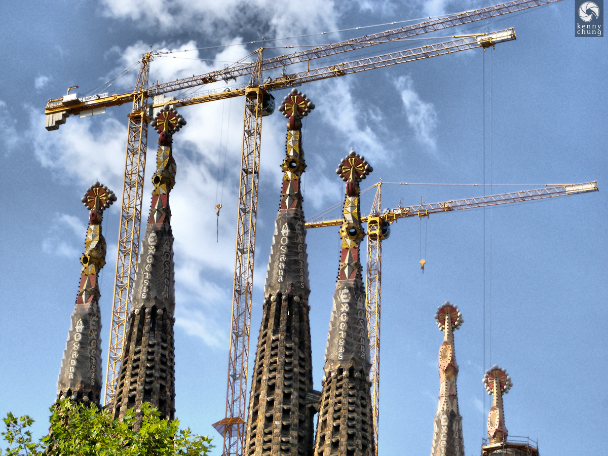 Sagrada Família Spire Cranes