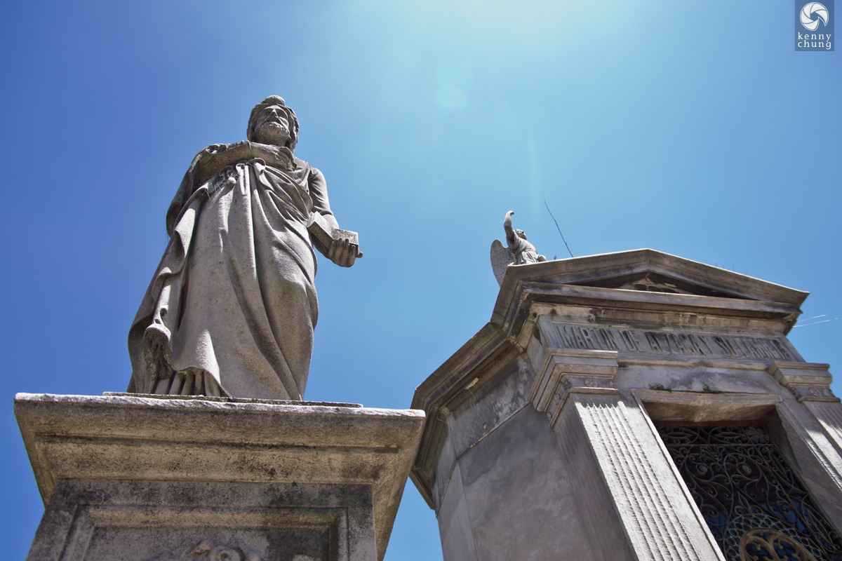Statues atop graves at La Recoleta Cemetery