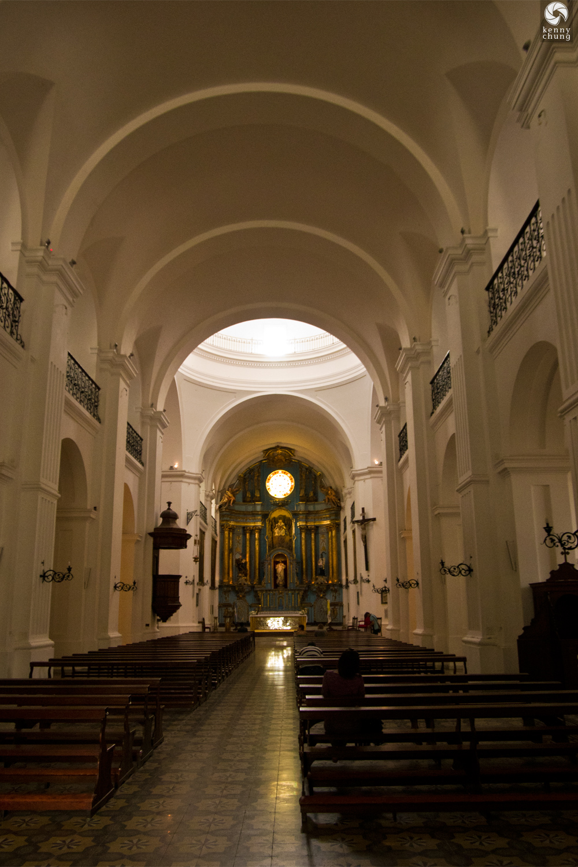 Inside Iglesia de San Ignacio