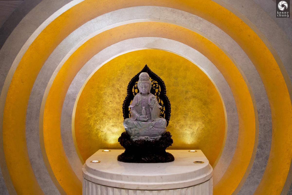 Buddha Statue at the Nanjing Shopping Centre