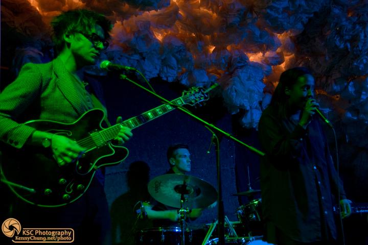 Cold Specks guitars, drummer, and Al Spx