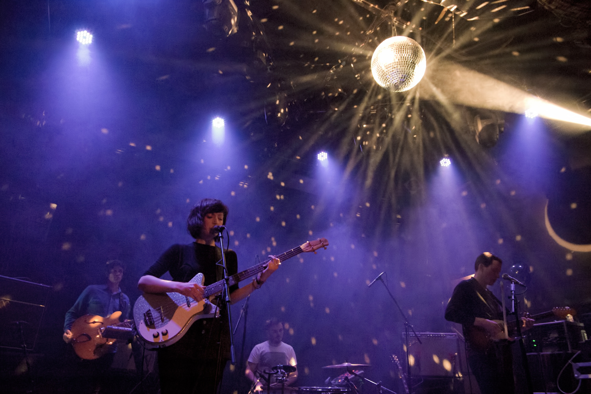 Daughter and Wilsen at Bowery Ballroom concert photos