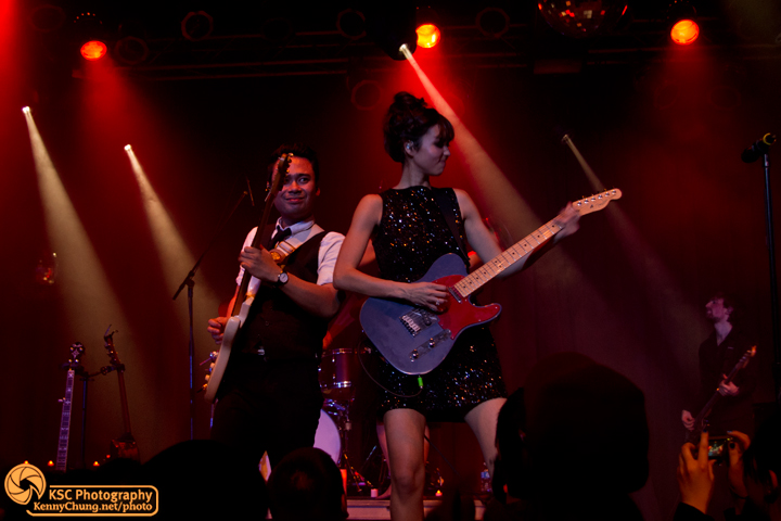 Carlo Gimenez and Meg Frampton playing guitars at Highline Ballroom