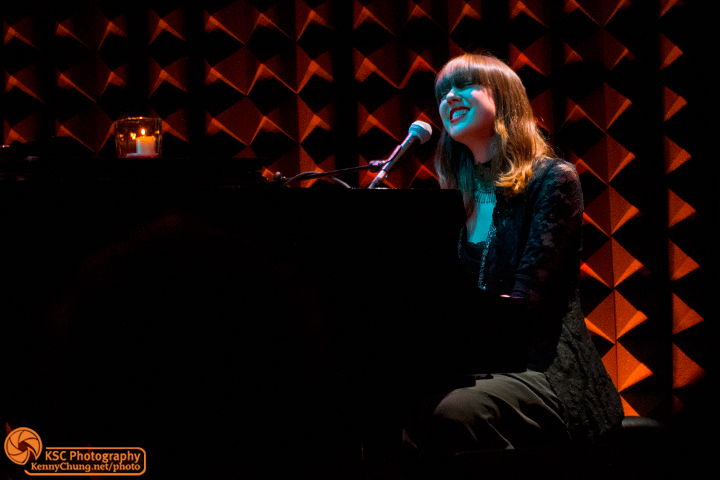 Diane Birch at Joe's Pub singing
