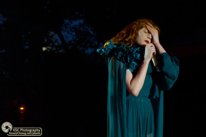 Florence + The Machine performing My Boy Builds Coffins