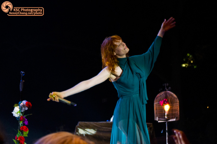 Florence + The Machine performing Dog Days Are Over