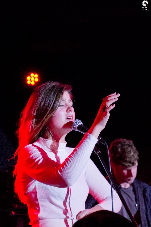 LEON singing at Mercury Lounge