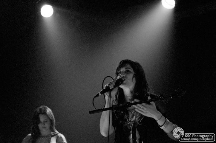 Nicole Atkins singing Neptune City