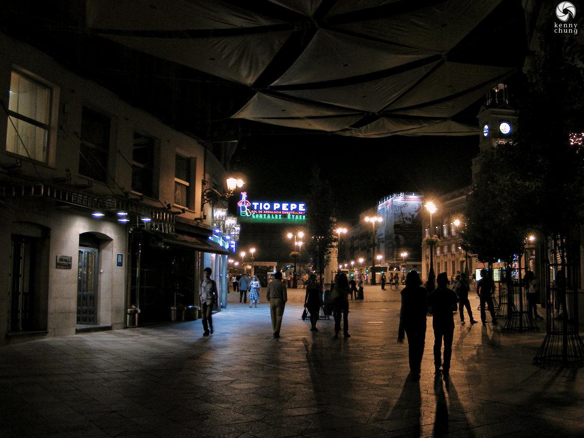 Puerta del Sol at night