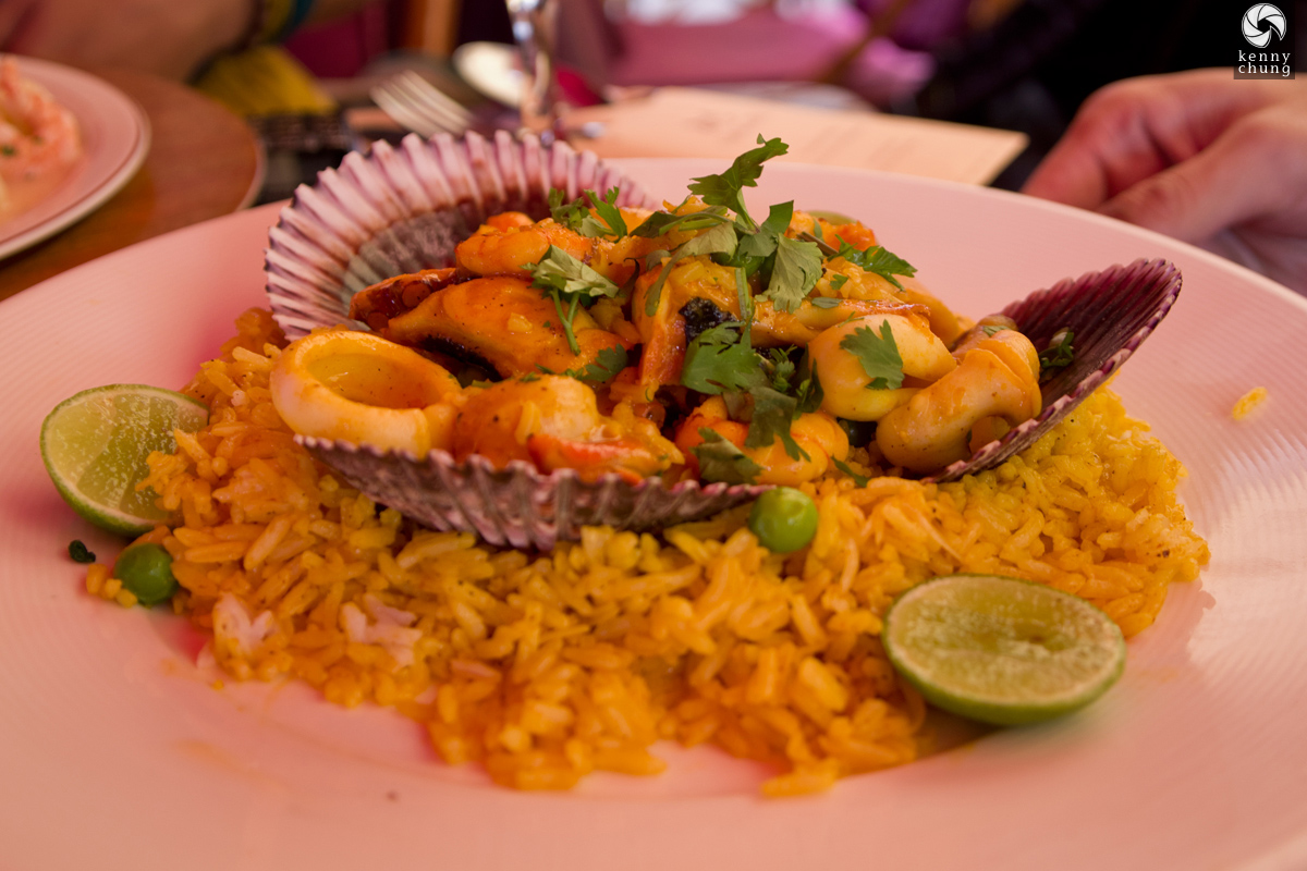 Arroz con mariscos (rice and seafood) with yellow rice