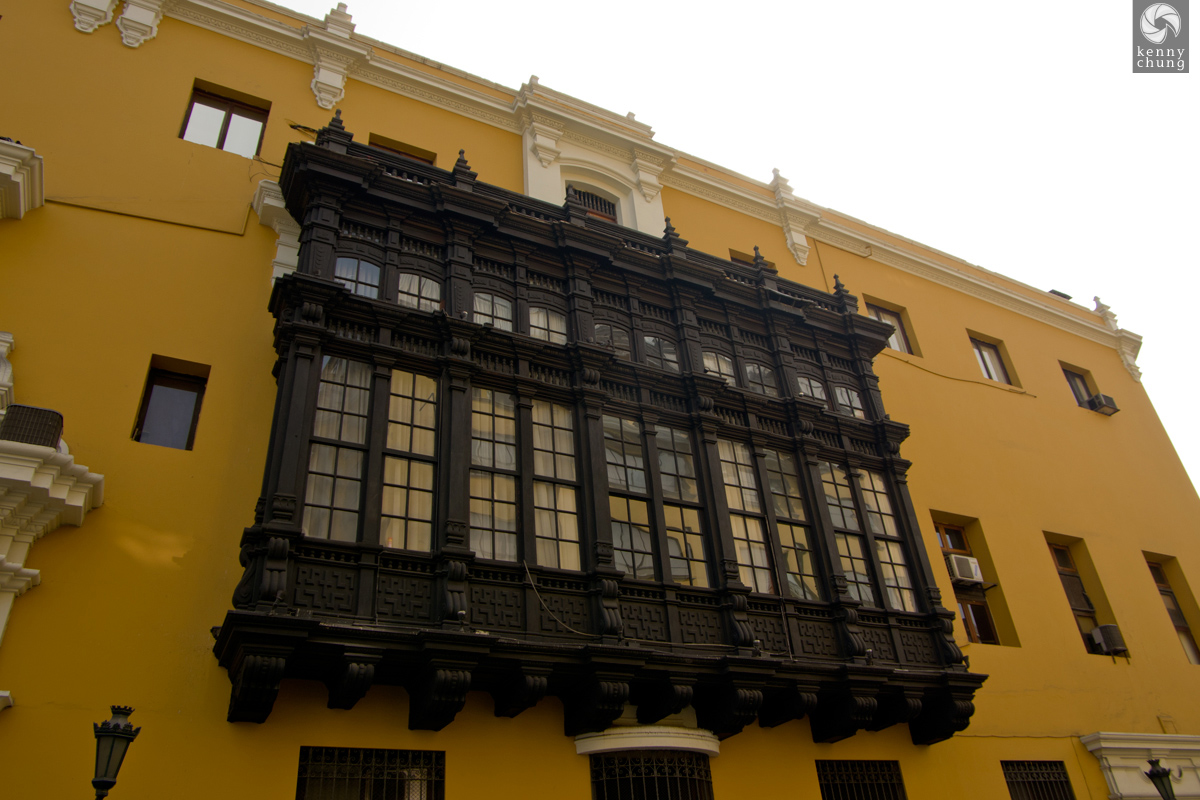 Spanish Colonial Architecture windows in Lima