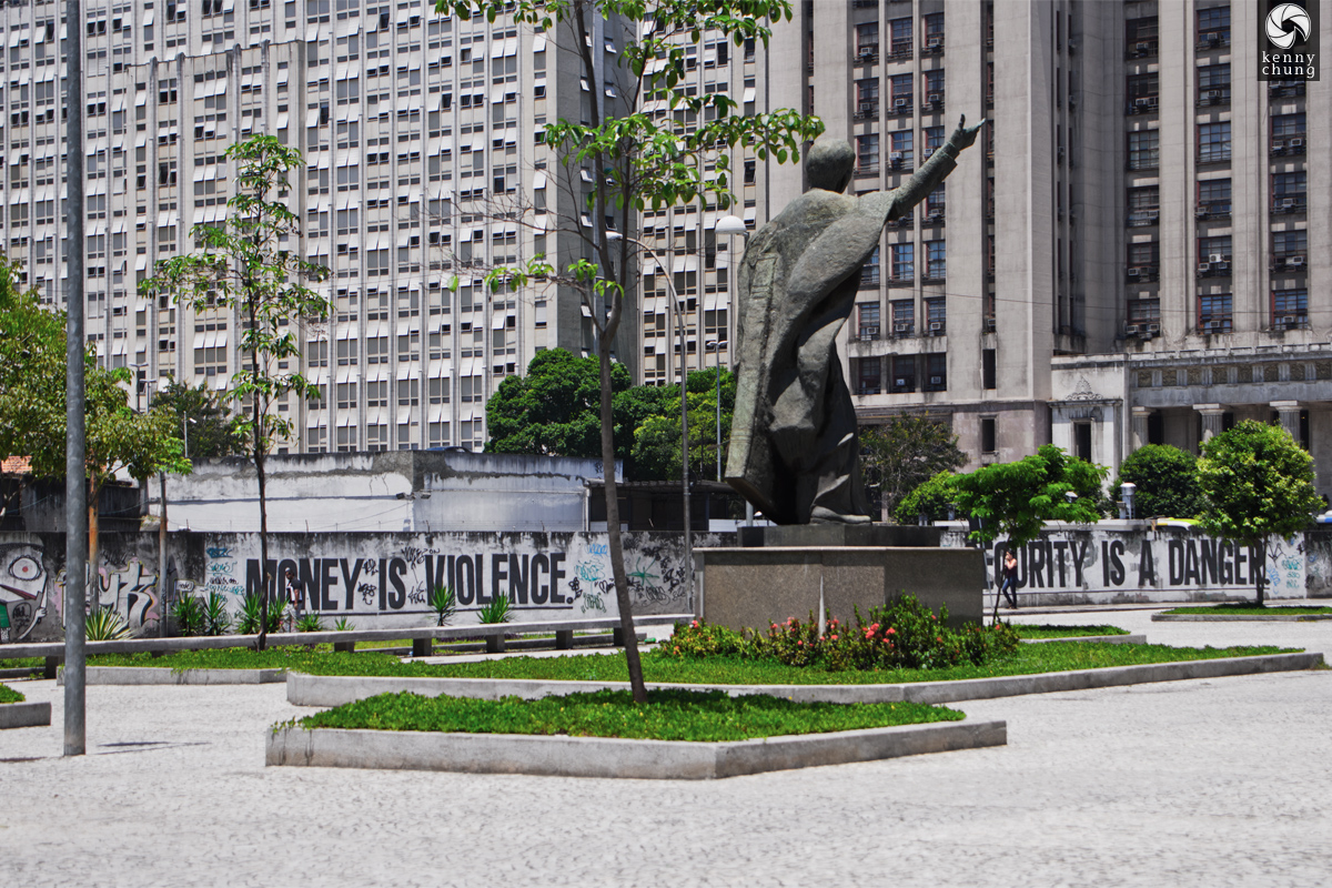 Statue and graffiti at Praca do Expendicionario, Rio de Janeiro.