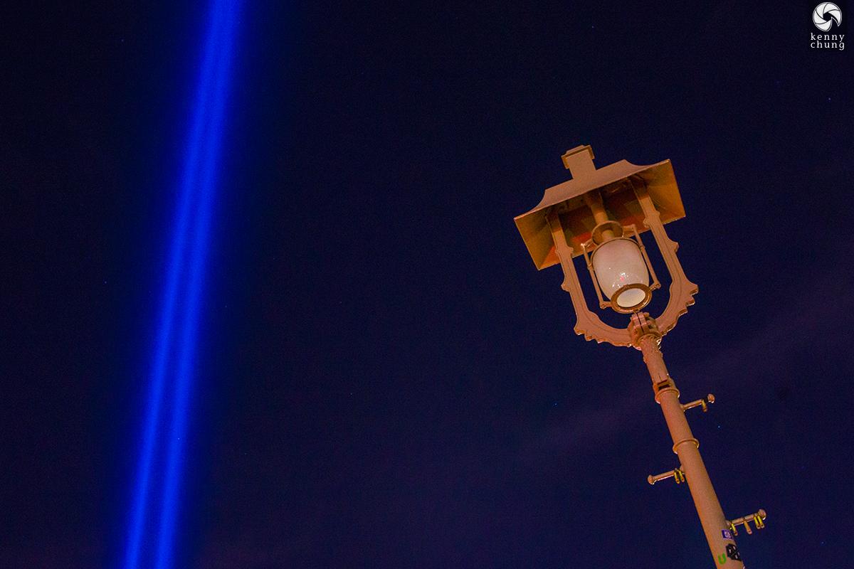 9/11 Tribute in Light and Brooklyn Bridge lamp post