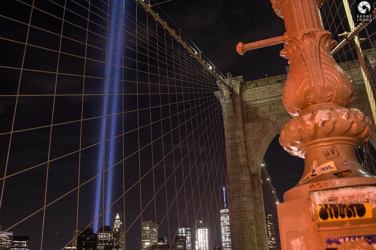 Brooklyn Bridge lamp post details