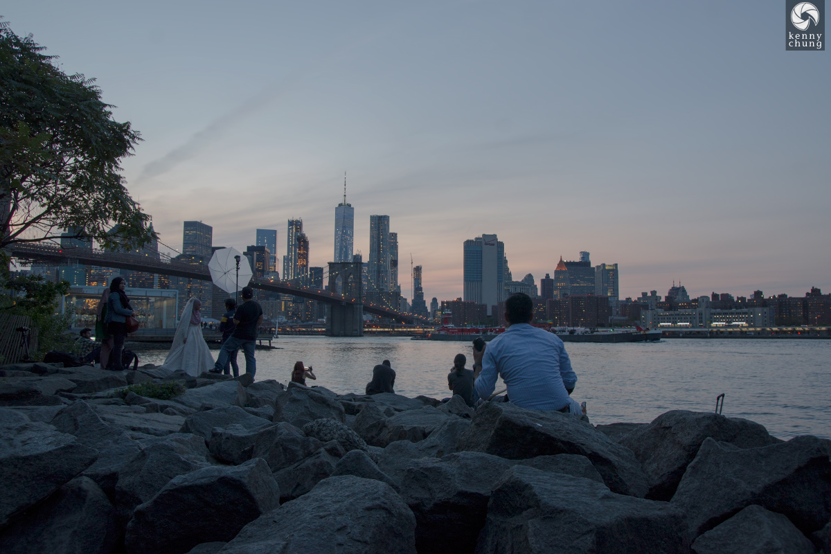 Wedding photos at Brooklyn Bridge Park