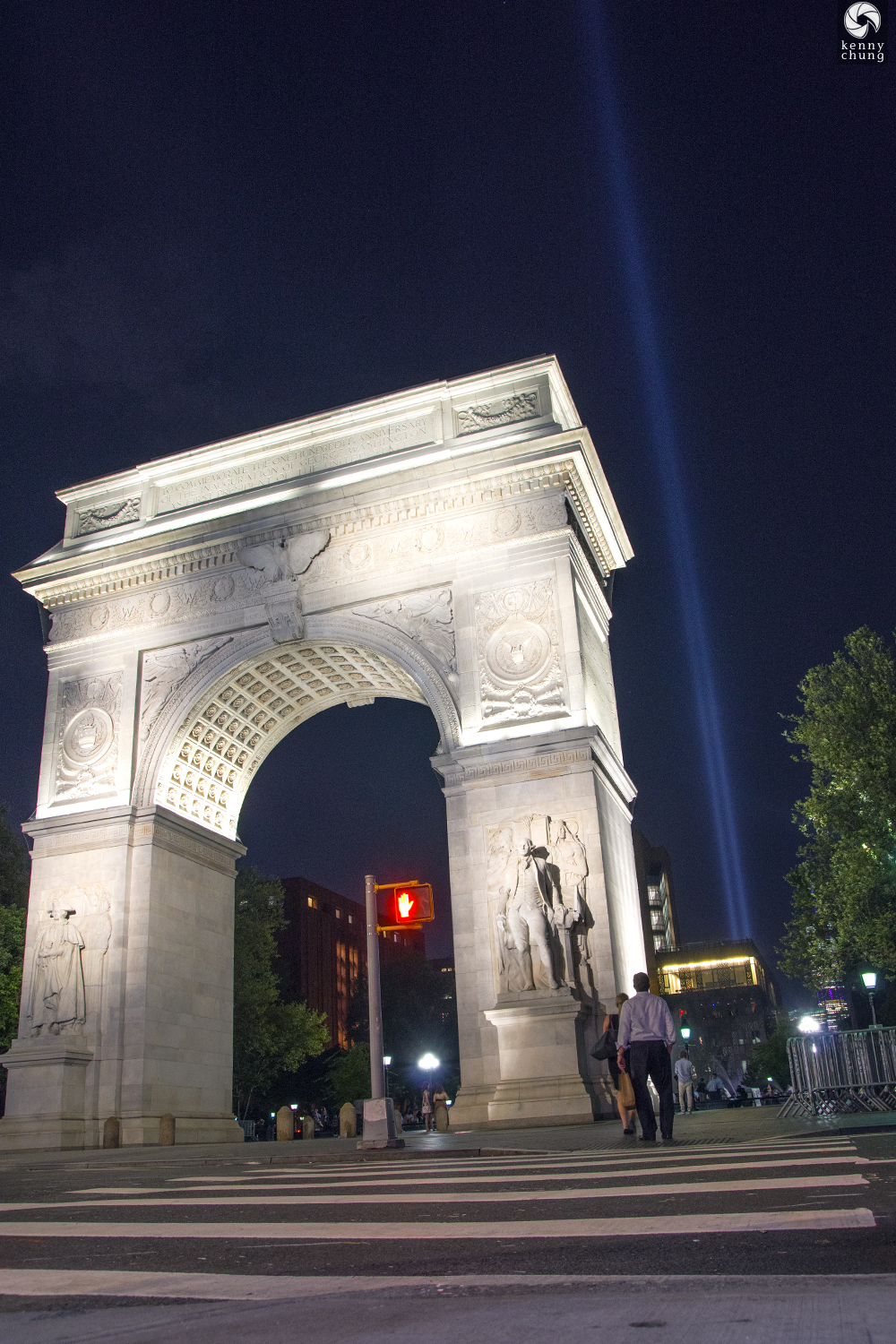 Tribute in Light 2019 behind the Washington Square Park arch
