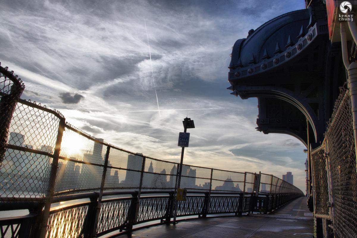 Manhattan Bridge Pedestrian Walkway overlook
