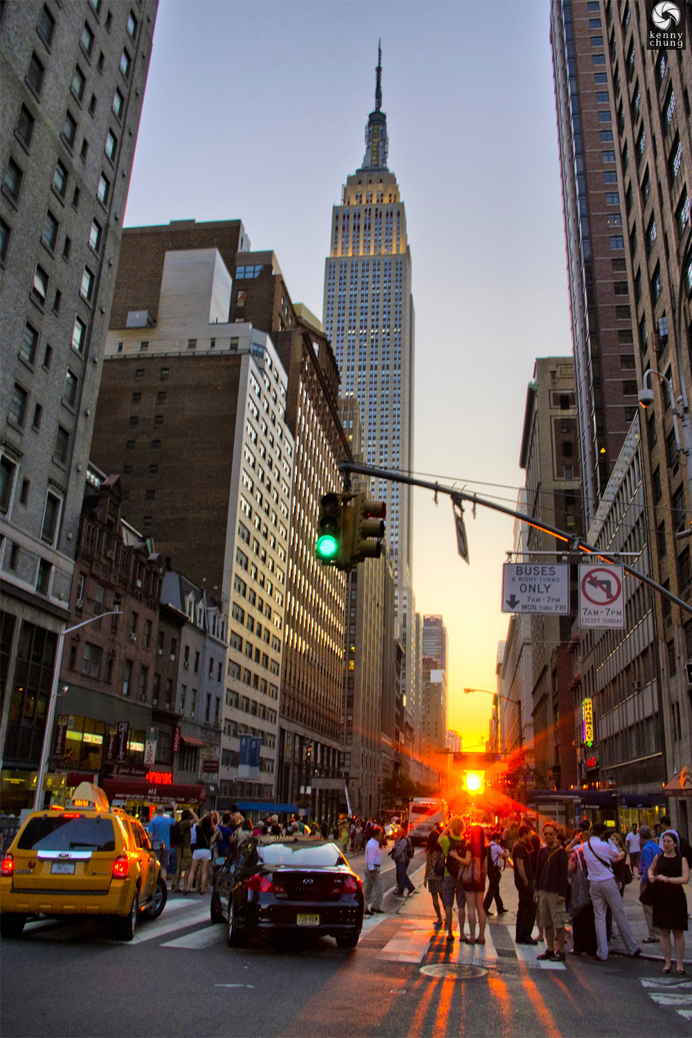 Manhattanhenge at East 34th and Park Ave