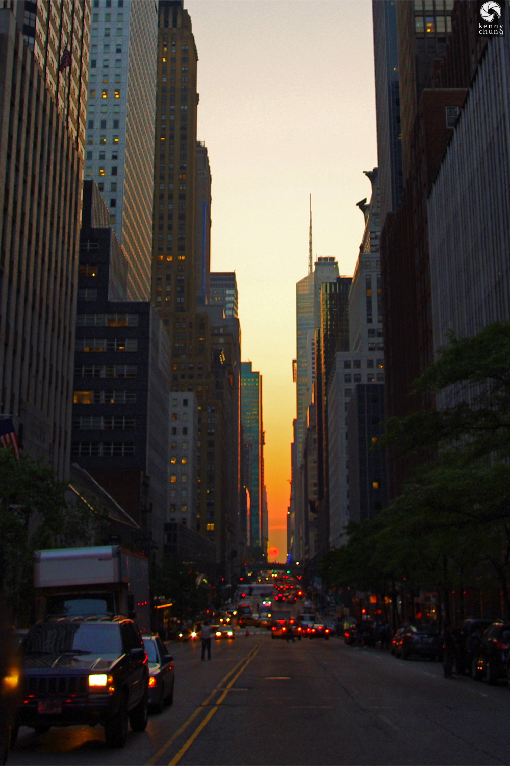 42nd Street Manhattanhenge on May 31, 2011